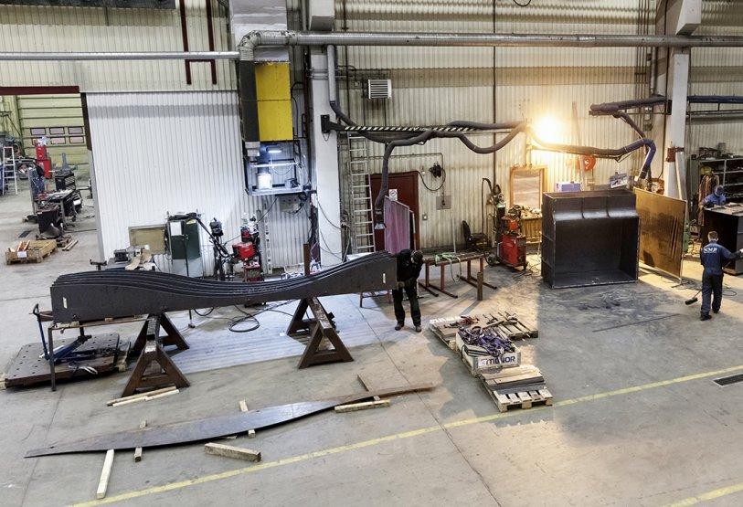 NMV i Piteå är en modern mekanisk verkstad med inriktning på konstruktion och projektledning, skärande bearbetning och industriservice.